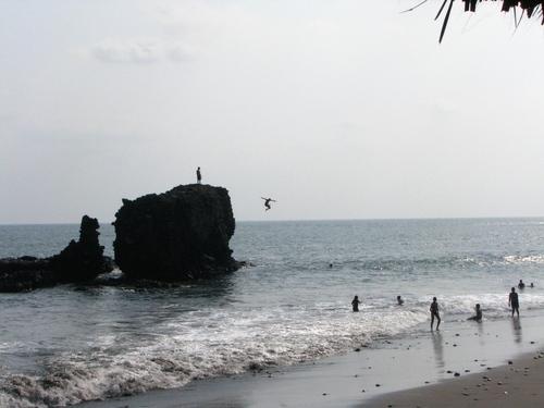 El_tunco_beach_-_el_salvador