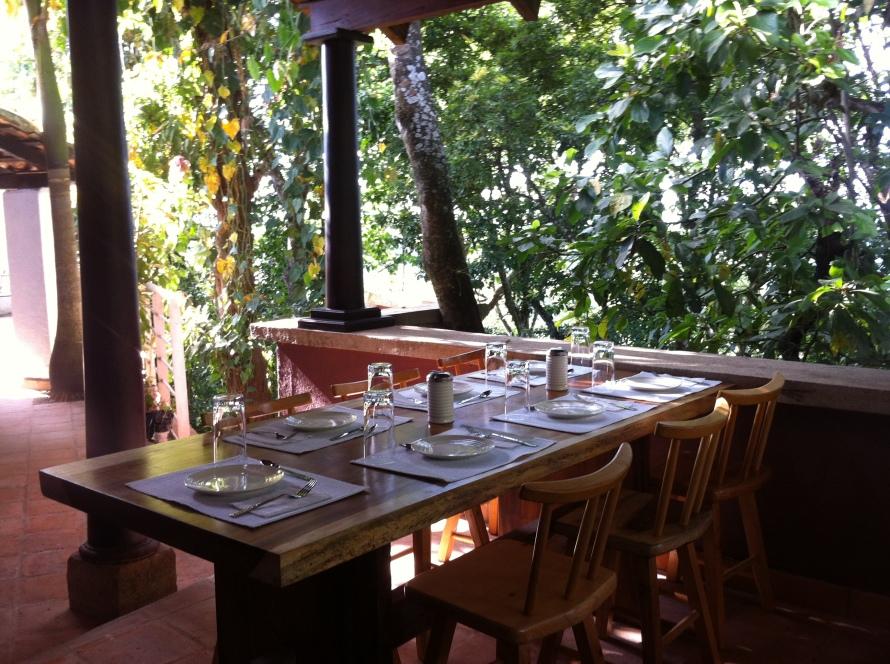 mesa servida Palancapa tres
