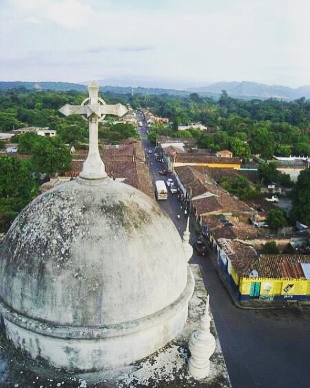 Coudad de #Izalco desde la Iglesia Colonial de Dolores #ElSalvador #travelphoto#toursv